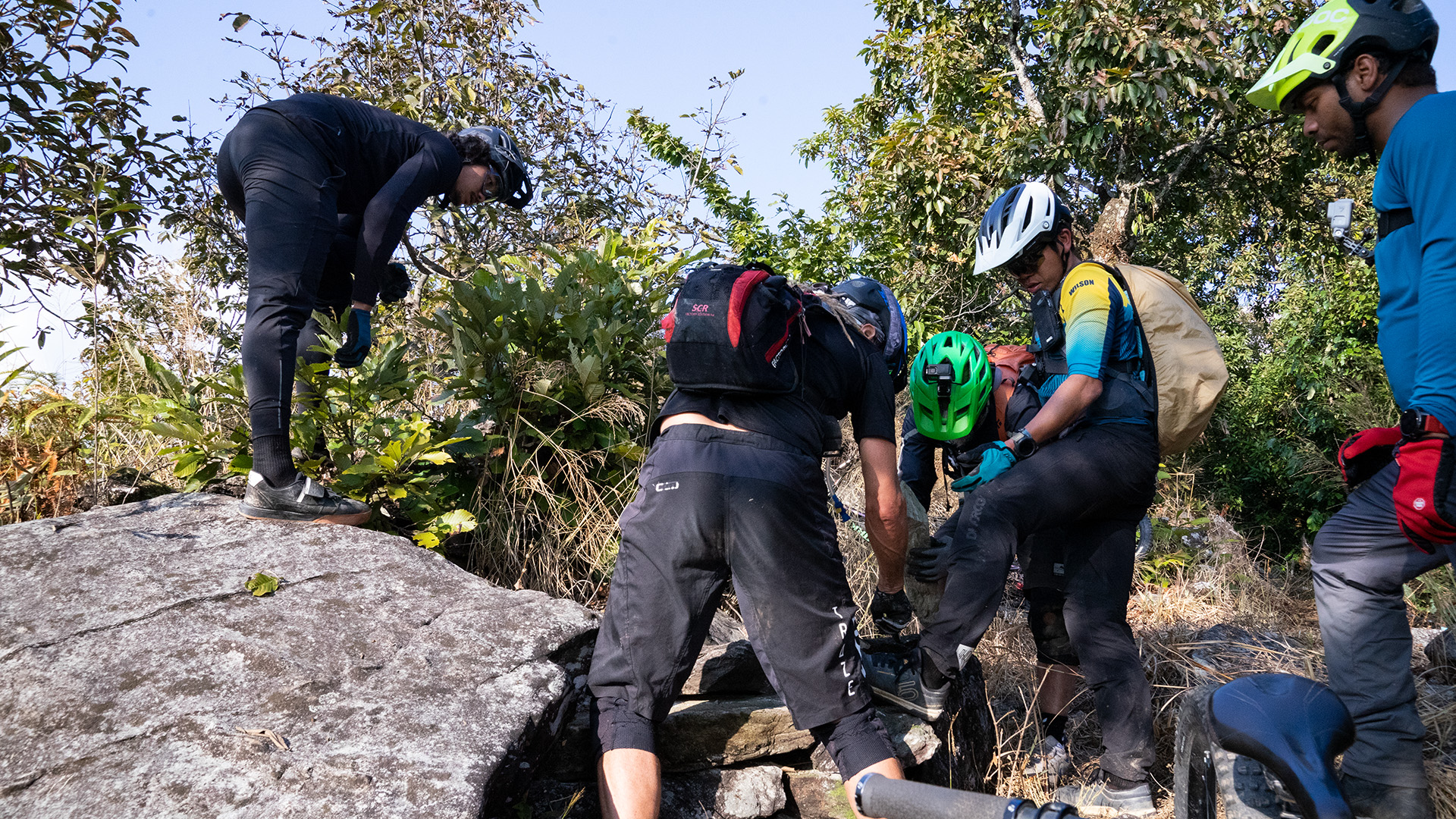 Volunteer Pokhara Enduro
